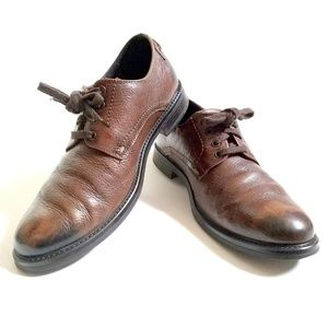 Johnston & Murphy Brown Pebble Grain Leather Shoes